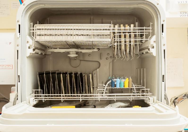 自動ジェット式器具洗浄機(パナソニック製)